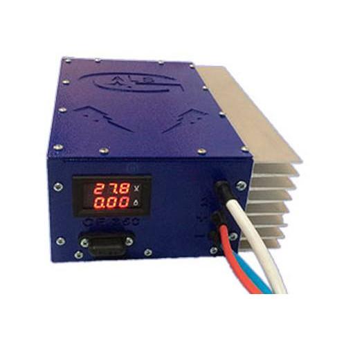 Универсальное 3-х стадийное зарядное устройство BRES CF-350-12 PRO IP56
